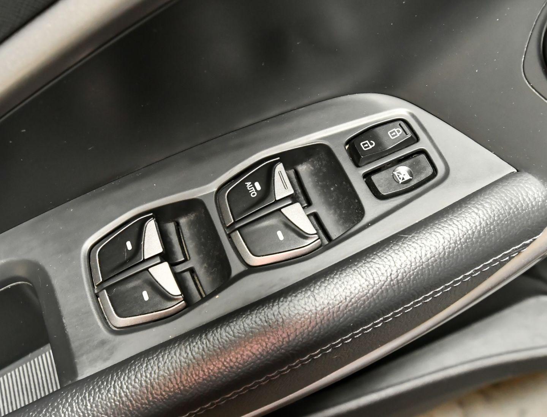 2013 Hyundai Santa Fe Luxury for sale in Red Deer, Alberta