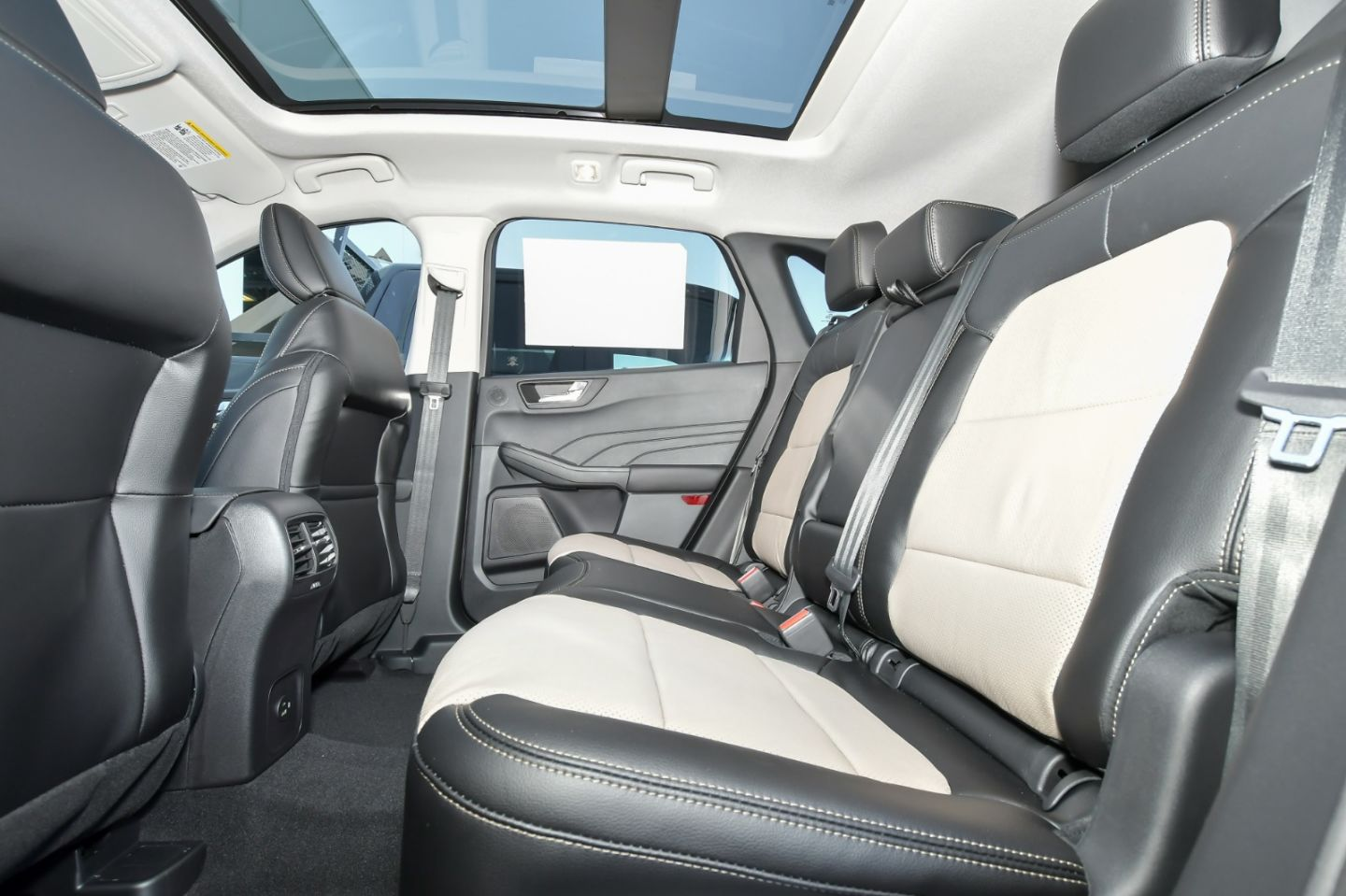 2021 Ford Escape Titanium Hybrid for sale in Red Deer, Alberta
