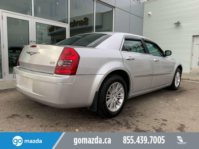 2009 Chrysler 300 Touring for sale in Edmonton, Alberta
