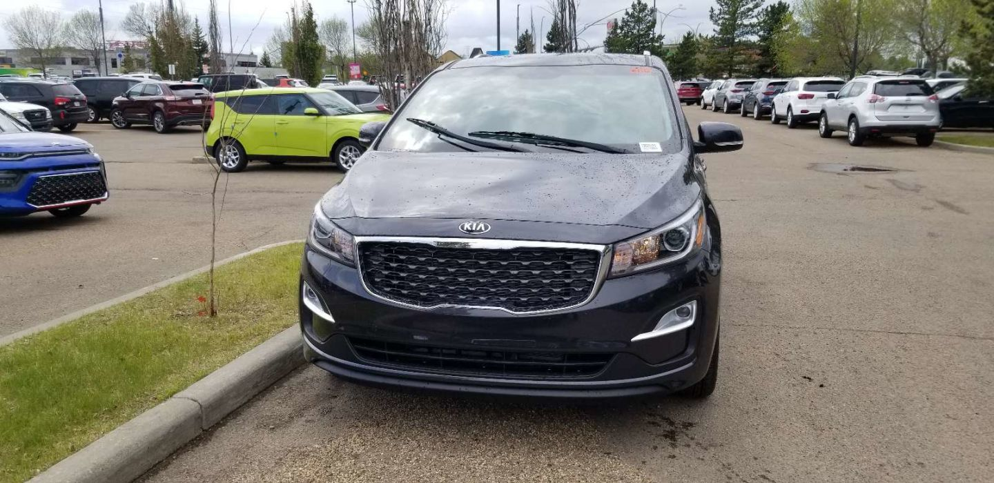2020 Kia Sedona LX+ for sale in Edmonton, Alberta