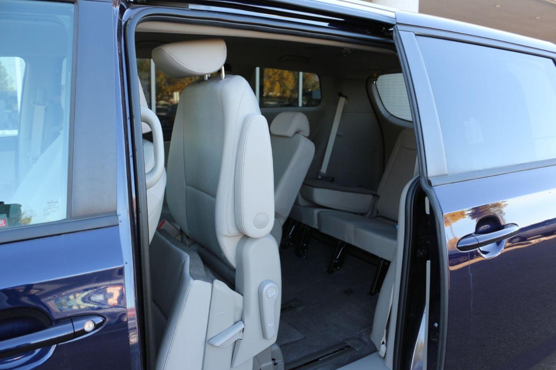 2020 Kia Sedona LX for sale in Edmonton, Alberta