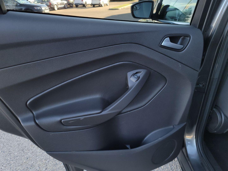 2015 Ford Escape SE for sale in Edmonton, Alberta