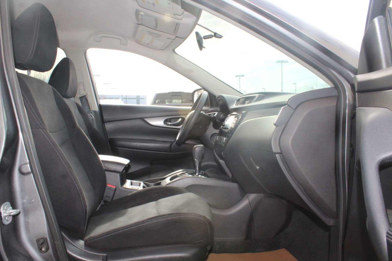 2016 Nissan Rogue SV for sale in Edmonton, Alberta