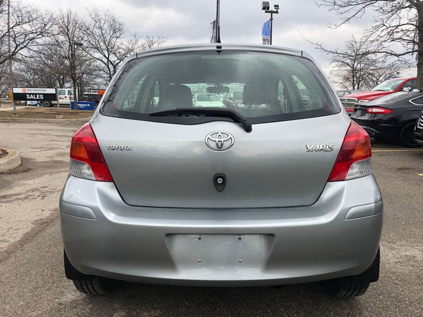 2010 Toyota Yaris LE for sale in ,