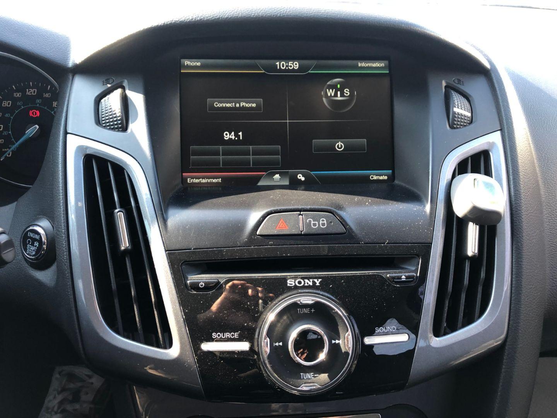 2012 Ford Focus Titanium for sale in Mississauga, Ontario