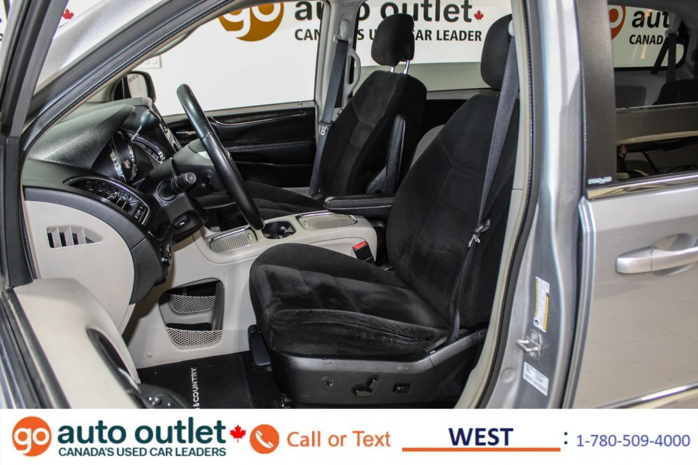 2014 Chrysler Town & Country Touring for sale in Edmonton, Alberta