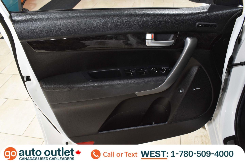 2014 Kia Sorento SX for sale in Edmonton, Alberta