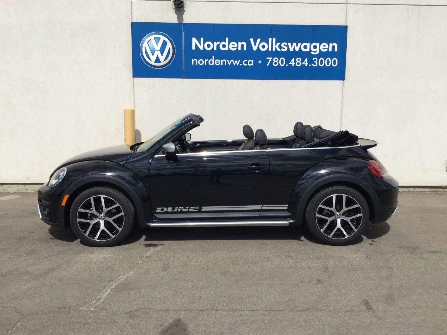 2019 Volkswagen Beetle Convertible Dune for sale in Edmonton, Alberta