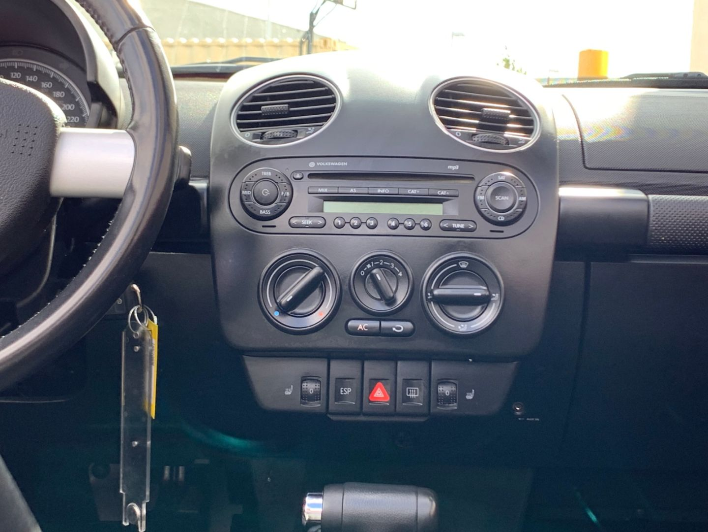 2010 Volkswagen New Beetle Convertible Comfortline for sale in Edmonton, Alberta