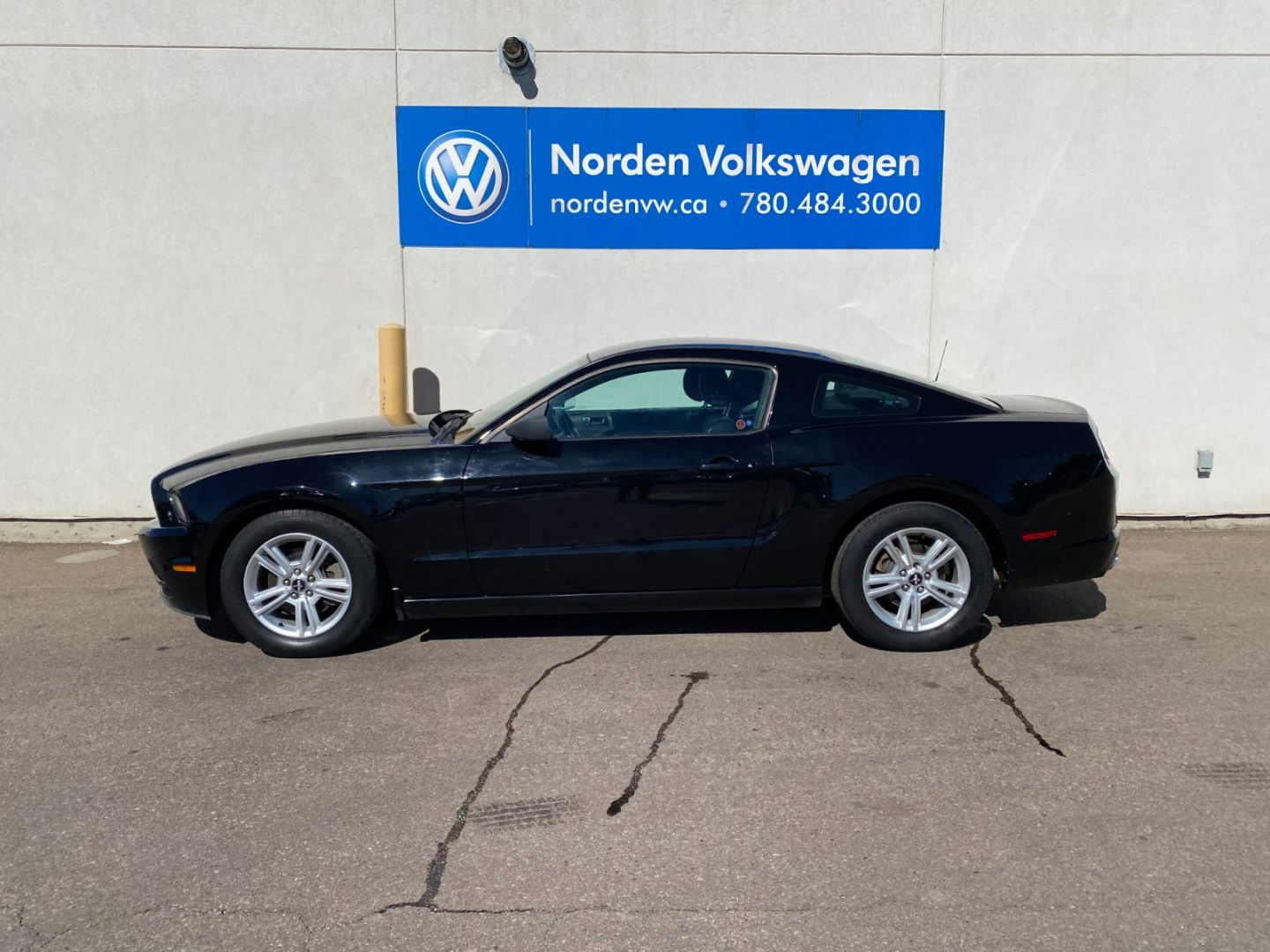 2014 Ford Mustang V6 for sale in Edmonton, Alberta