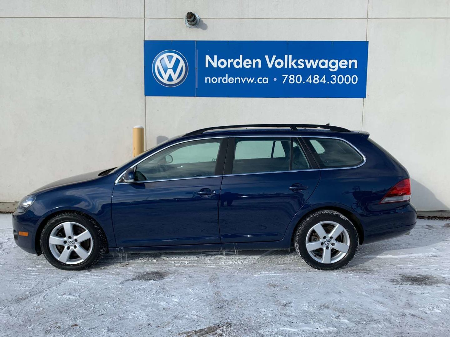 2013 Volkswagen Golf Wagon Highline for sale in Edmonton, Alberta