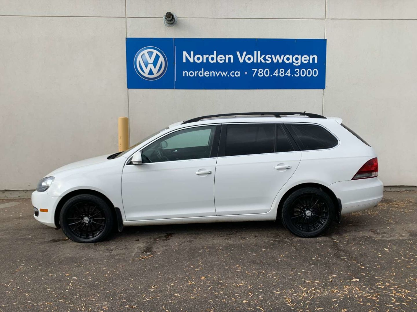 2013 Volkswagen Golf Wagon Comfortline for sale in Edmonton, Alberta