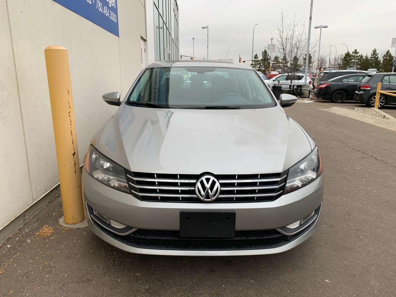 2012 Volkswagen Passat 2.0 TDI DSG Highline for sale in Edmonton, Alberta