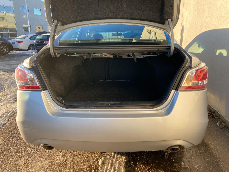 2015 Nissan Altima 2.5 for sale in Edmonton, Alberta