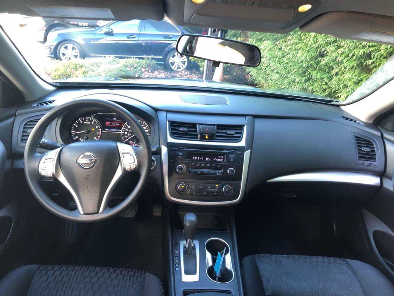 2017 Nissan Altima 2.5 for sale in Surrey, British Columbia