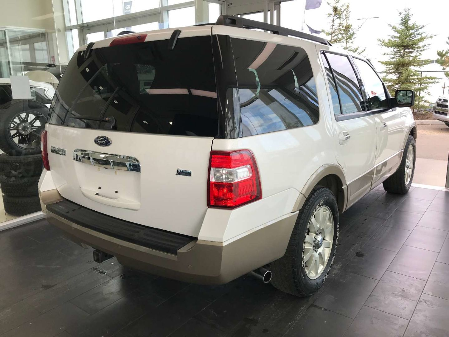 2013 Ford Expedition XLT for sale in Edmonton, Alberta