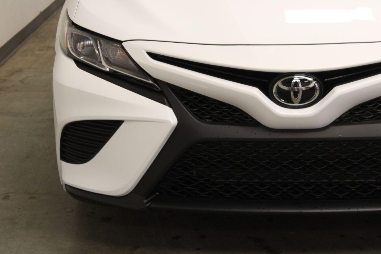 2020 Toyota Camry SE for sale in Edmonton, Alberta