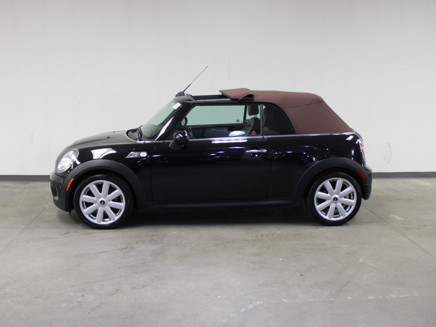 2010 MINI Cooper Convertible S for sale in Edmonton, Alberta