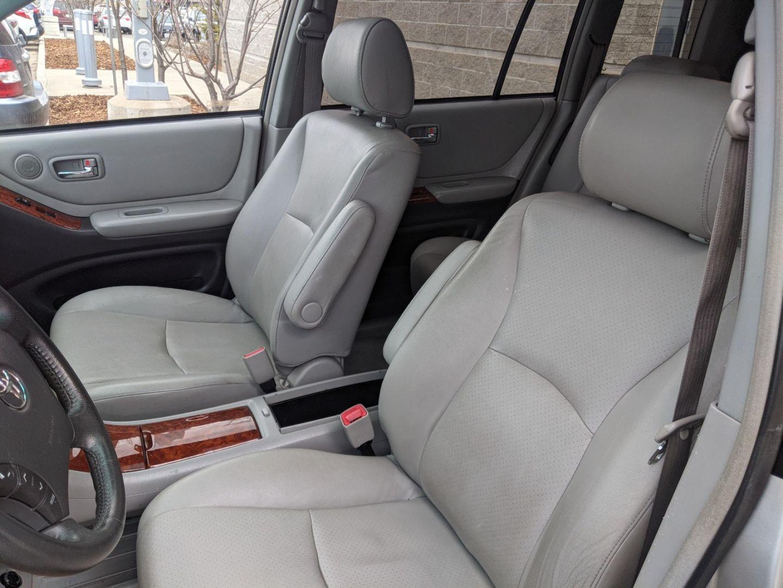 2007 Toyota Highlander 7-Passenger for sale in Edmonton, Alberta