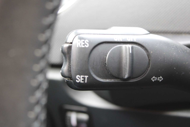 2010 Volkswagen New Beetle Coupe Comfortline for sale in Edmonton, Alberta