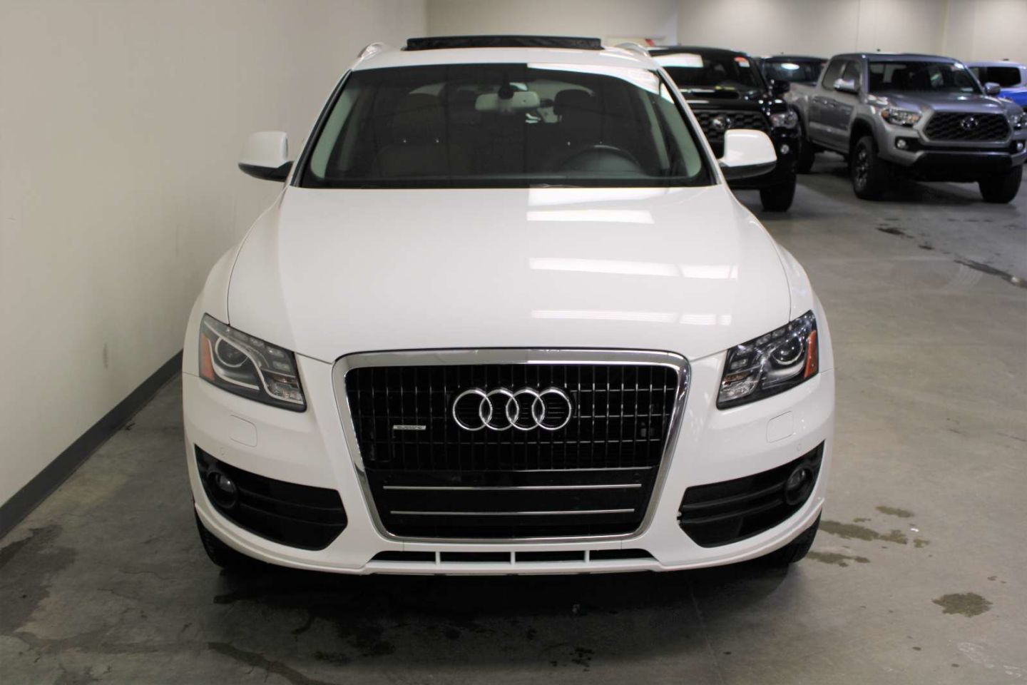 2011 Audi Q5 3.2L Premium for sale in Edmonton, Alberta