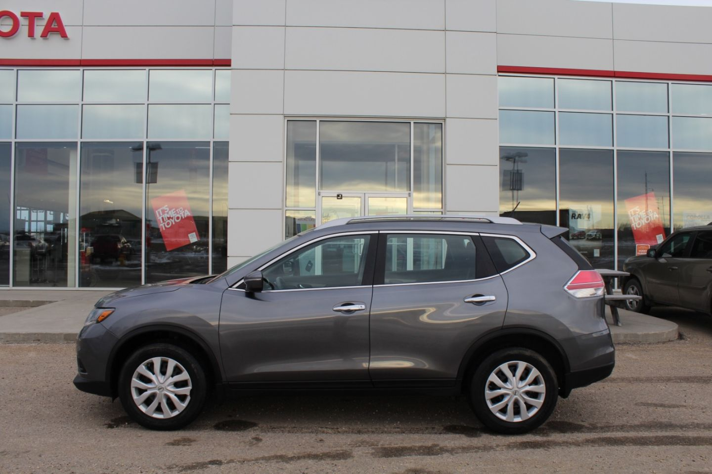 2014 Nissan Rogue SV for sale in Drayton Valley, Alberta