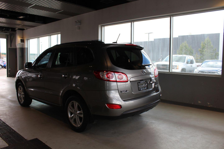 2011 Hyundai Santa Fe Limited w/Navi for sale in Spruce Grove, Alberta