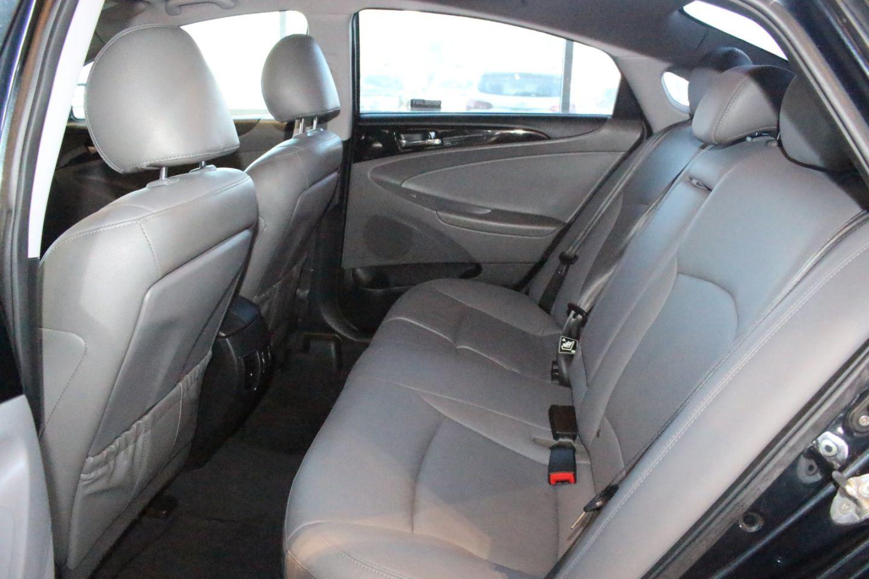 2011 Hyundai Sonata Limited w/Nav for sale in Spruce Grove, Alberta