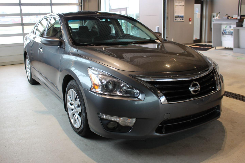 2015 Nissan Altima 2.5 S for sale in Spruce Grove, Alberta