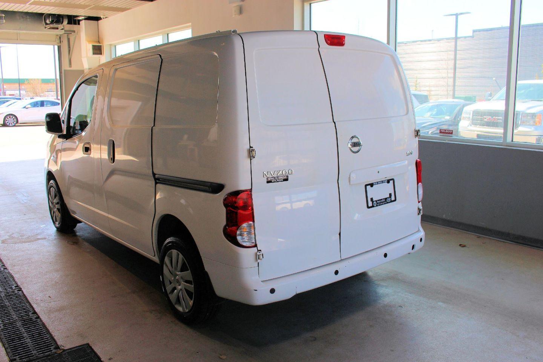2017 Nissan NV200 SV for sale in Spruce Grove, Alberta