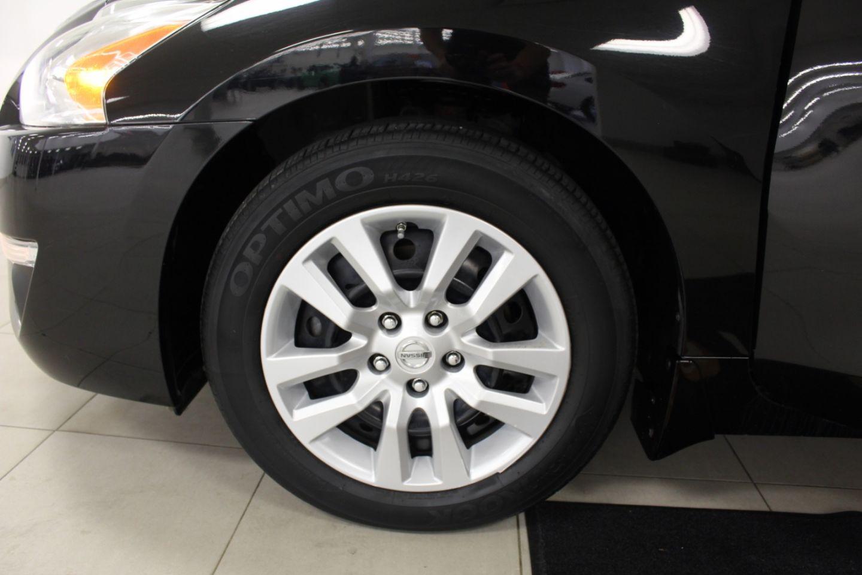 2014 Nissan Altima 2.5 for sale in Edmonton, Alberta