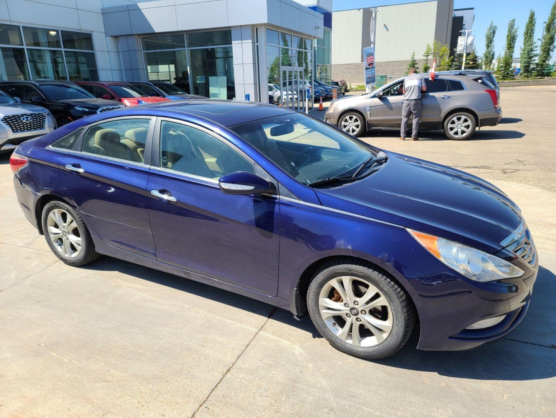 2011 Hyundai Sonata Limited w/Nav for sale in Edmonton, Alberta