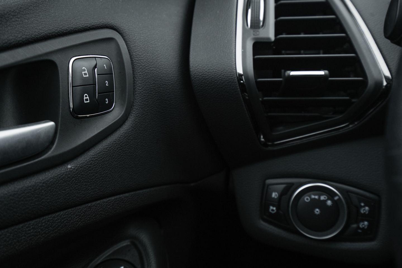 2016 Ford Escape Titanium for sale in Edmonton, Alberta