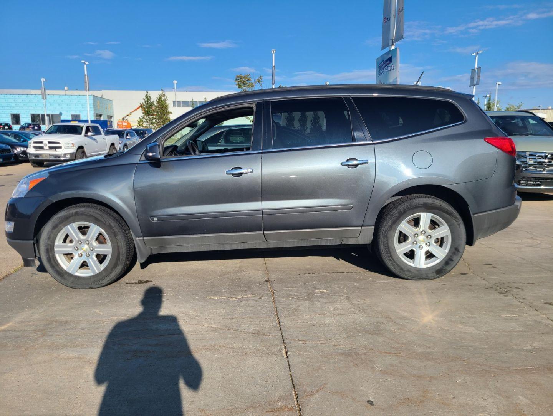 2010 Chevrolet Traverse LT w/2LT for sale in Edmonton, Alberta