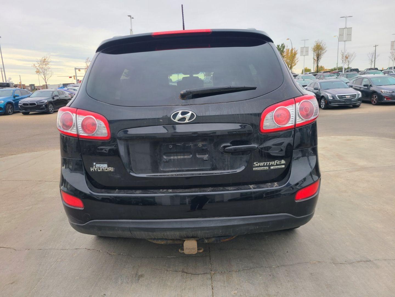 2010 Hyundai Santa Fe GL w/Sport for sale in Edmonton, Alberta