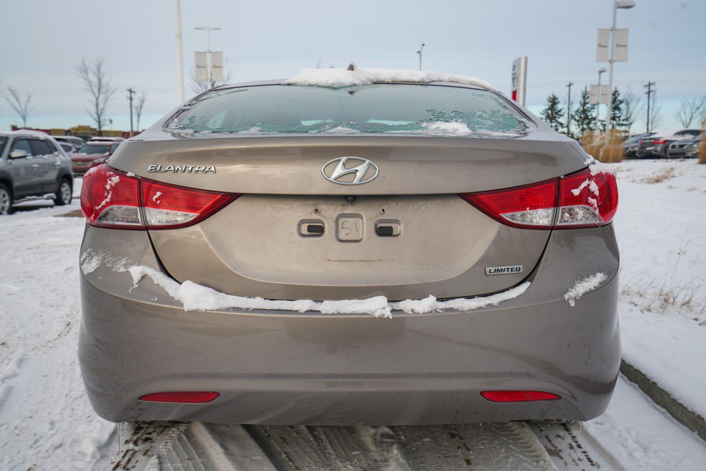 2013 Hyundai Elantra Limited w/Navi for sale in Edmonton, Alberta