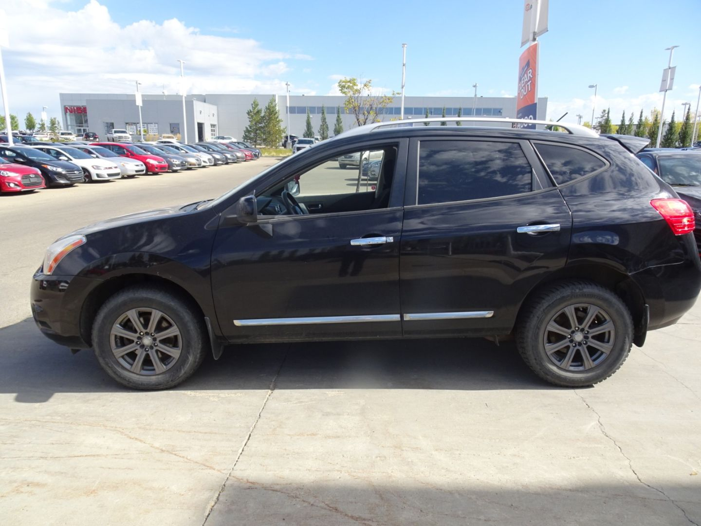 2013 Nissan Rogue SV for sale in Edmonton, Alberta