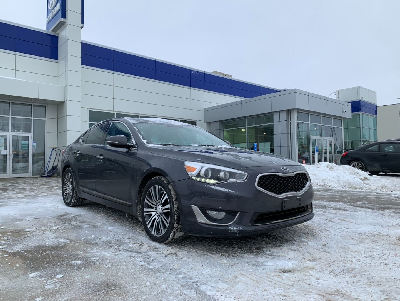 2014 Kia Cadenza Premium for sale in Edmonton, Alberta