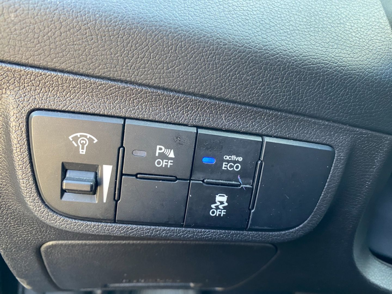 2016 Hyundai Veloster SE for sale in Edmonton, Alberta