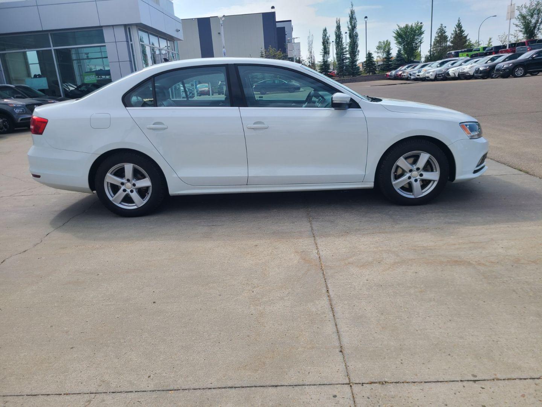 2015 Volkswagen Jetta Sedan Highline for sale in Edmonton, Alberta
