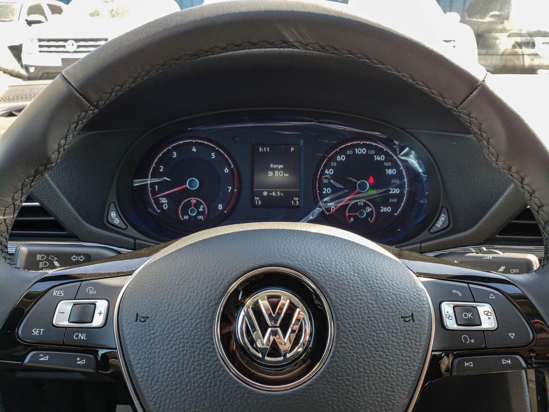 2020 Volkswagen Passat Highline for sale in Winnipeg, Manitoba