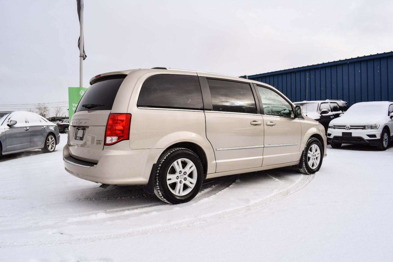 2013 Dodge Grand Caravan Crew for sale in Winnipeg, Manitoba