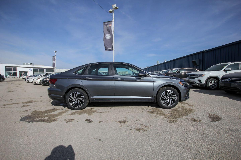 2021 Volkswagen Jetta Execline for sale in Winnipeg, Manitoba