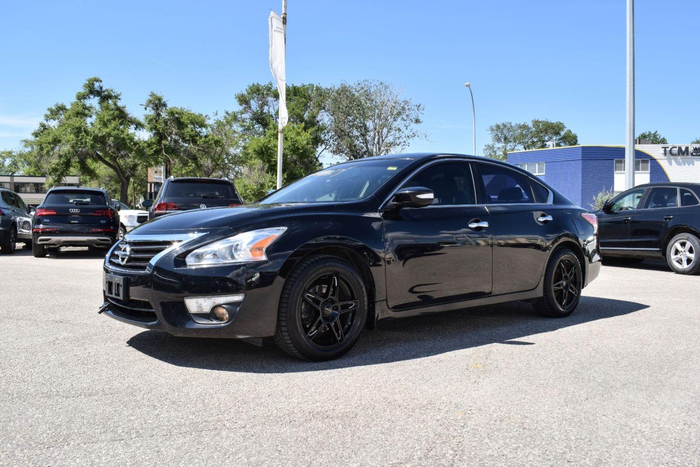2014 Nissan Altima 2.5 SL for sale in Winnipeg, Manitoba