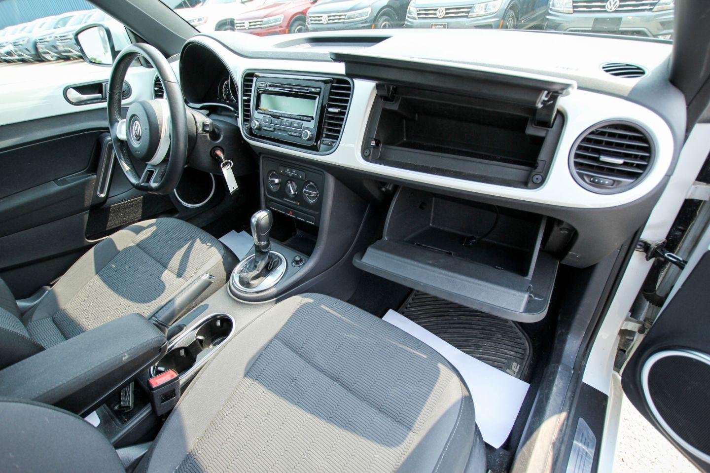 2014 Volkswagen Beetle Coupe 1.8T for sale in Winnipeg, Manitoba