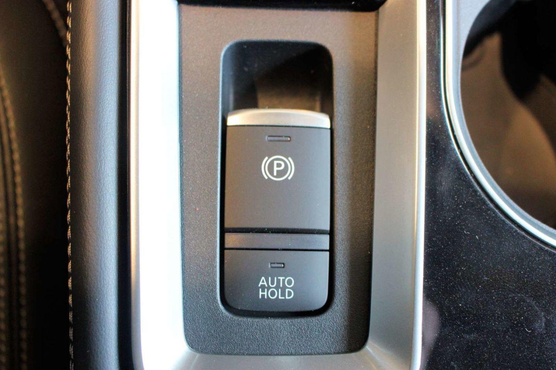 2020 Nissan Altima 2.5 Platinum for sale in Spruce Grove, Alberta