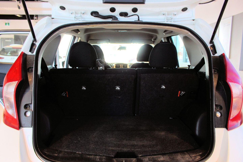 2016 Nissan Versa Note SV for sale in Spruce Grove, Alberta