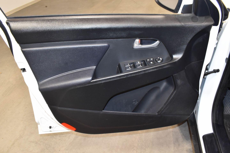 2013 Kia Sportage LX for sale in Edmonton, Alberta