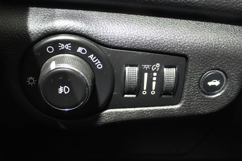 2016 Chrysler 200 Limited for sale in Edmonton, Alberta