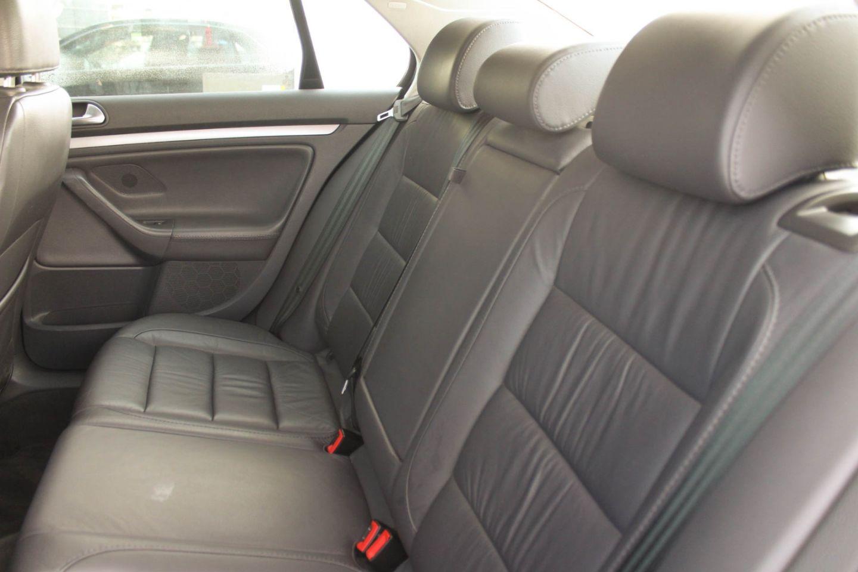 2006 Volkswagen Jetta Sedan 2.5L for sale in ,